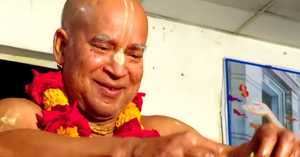 "Subhag Swami ""Sweet Pastimes of Vakreshvar Pandit with Lord Chaitanya"" English-Italian"