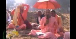 Subhag Swami Festival Krishna Katha at Chinta Haran Ghat Vrindavan-RIV1zShR_Vo
