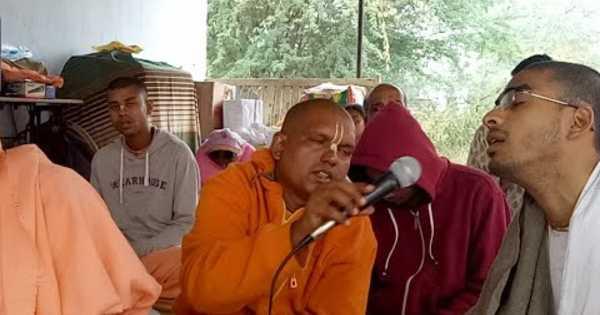 English SB (1.19.14-18) by HH Subhaga Swami