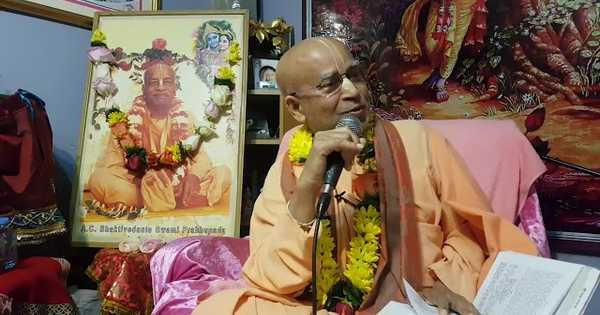 Subhag Swami - Lecture at Jagannath Temple