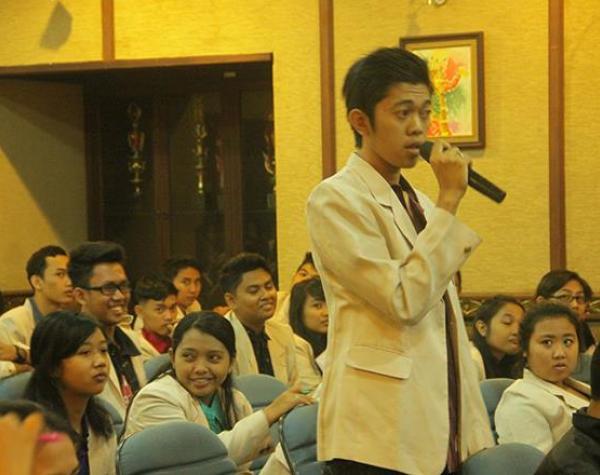 Campus seminars on Bhagavad-gita inspires students of Bali, Indonesia