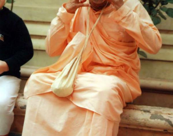 Subhag Swami Maharaj Joyful Expression
